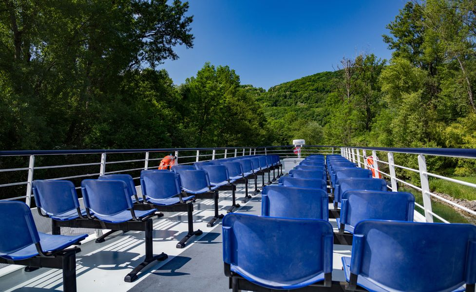 Cruises from Lavours with Bateaucanal