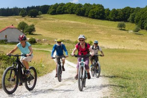 Mountain biking on Plateau de Retord