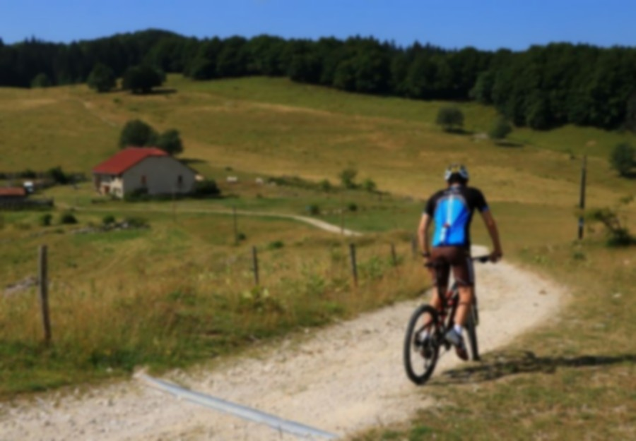 Mountain bike loop number 13 starting from Les Plans d'Hotonnes - Bugey's federal MB base.