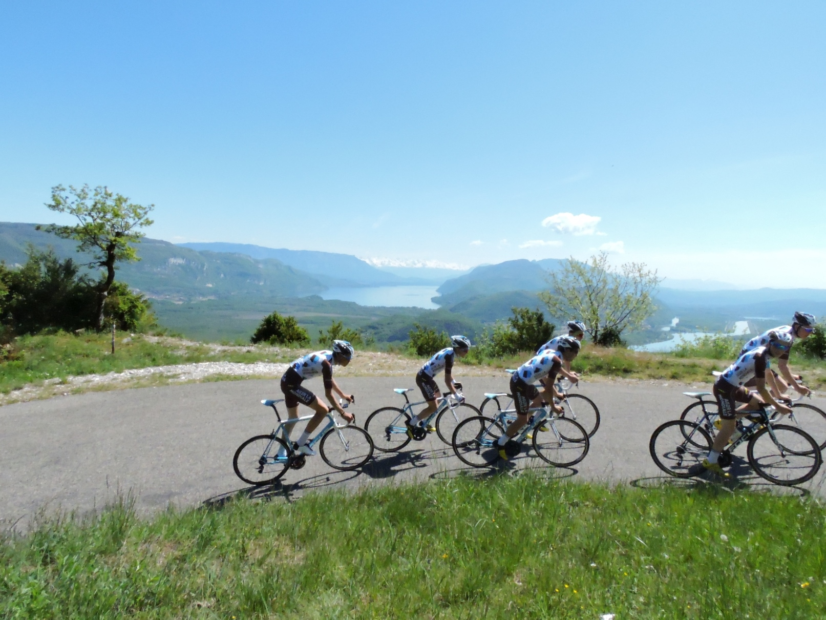 CAR-FREE CYCLING DAYS OF THE GRAND COLOMBIER
